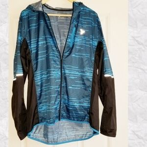 💎Old Navy Activewear a lightweight jacket.Size L
